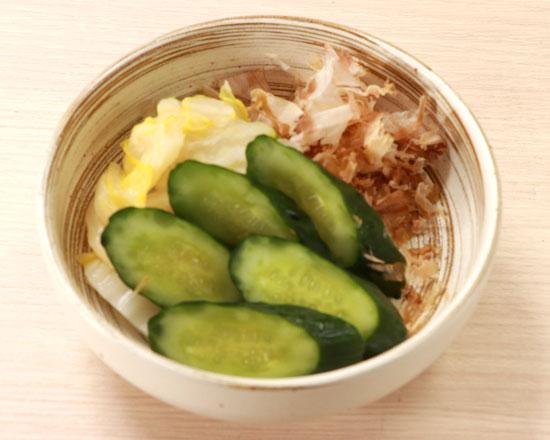 白菜と胡瓜の浅漬け Lightly Pickled Chinese Cabbage & Cucumber