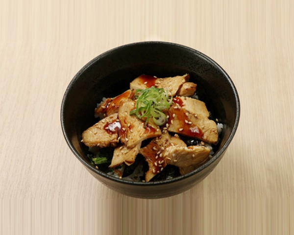 ミニ炙り鶏チャーシュー丼 Mini Size Roasted Chicken Rice Bowl