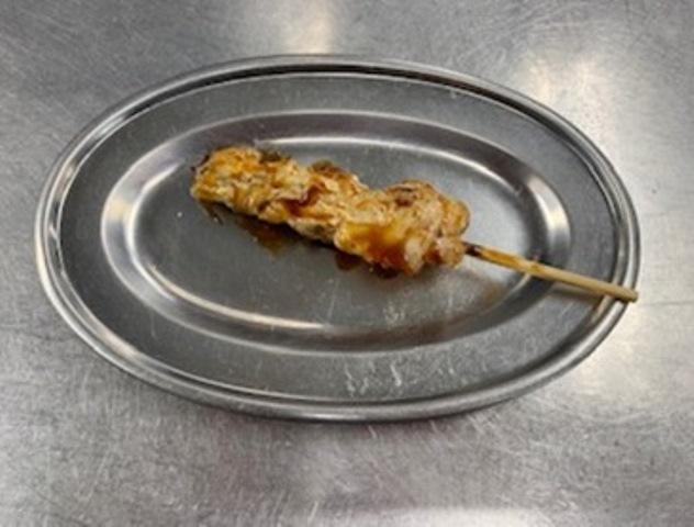鶏もも串 (1本)