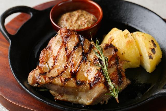 若鶏のコンフィ(香草焼)