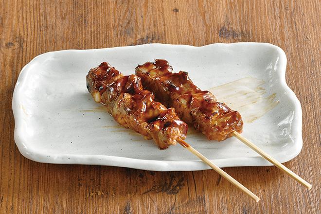 鶏もも串 塩(2本)