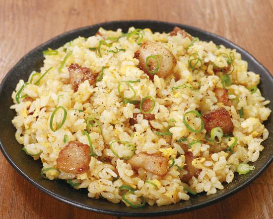 豚とろの塩炒飯 Salted Fatty Pork Fried Rice