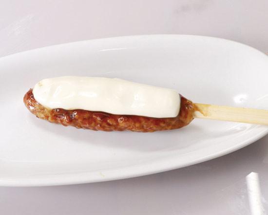 つくね串 チーズ(1本) Cheese Meatball Skewer (One Skewer)