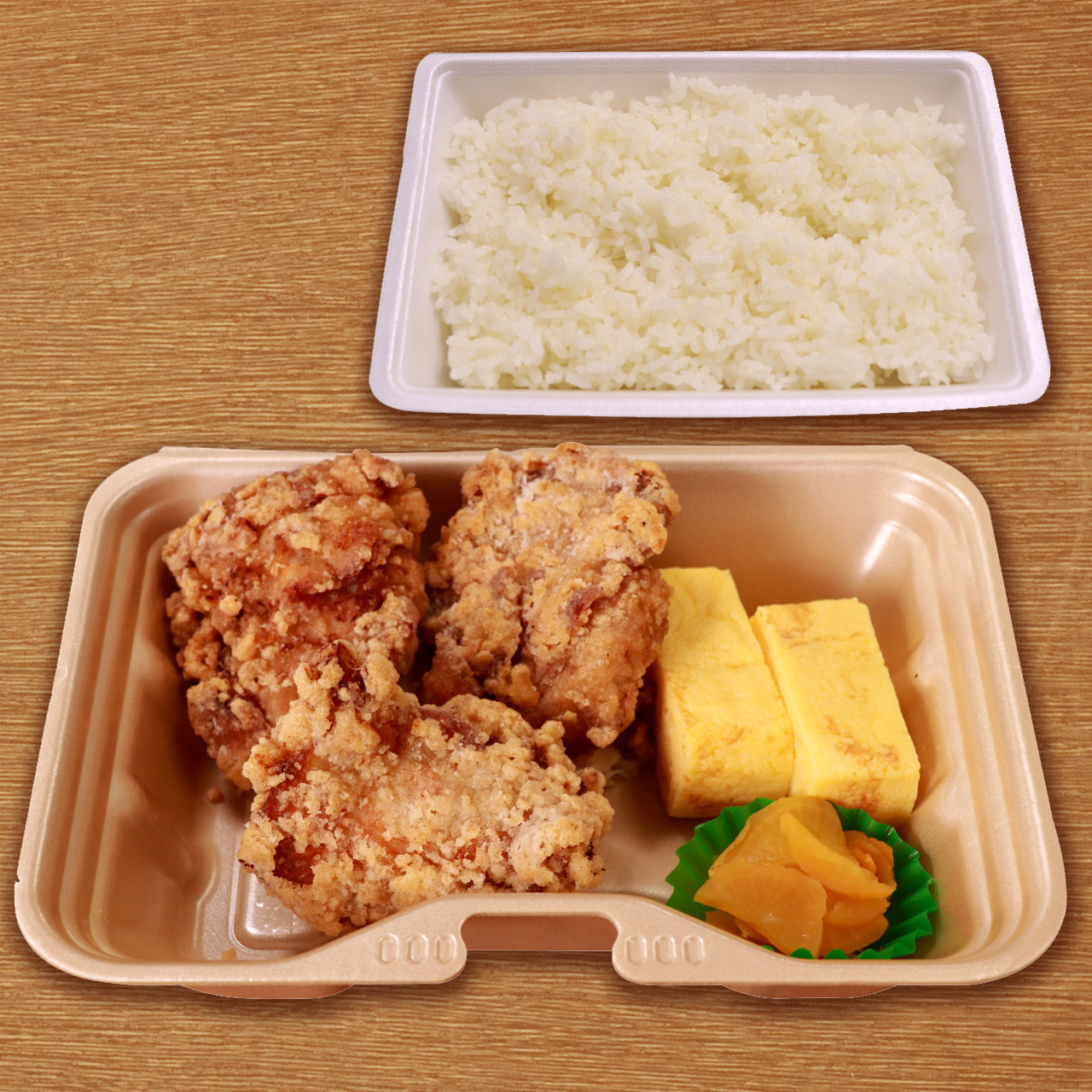 F-1107】 BIGからあげ(3ヶ)&玉子焼き弁当 Juicy Big Fried Chicken & Fluffy Rolled Omelette Meal Box (3 pieces of fried chicken)