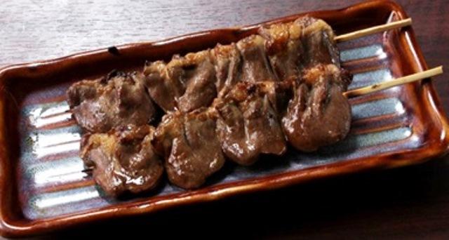 鶏はつ串 (2串)