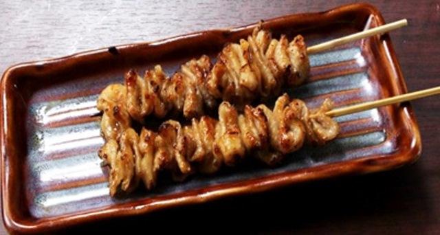 鶏皮串 (2串)