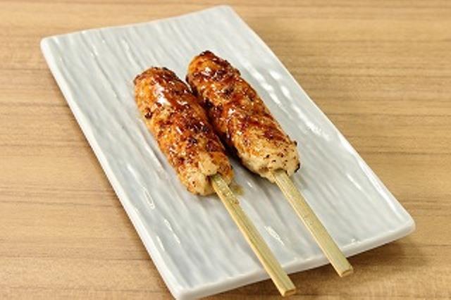 鶏つくね串 (2串)