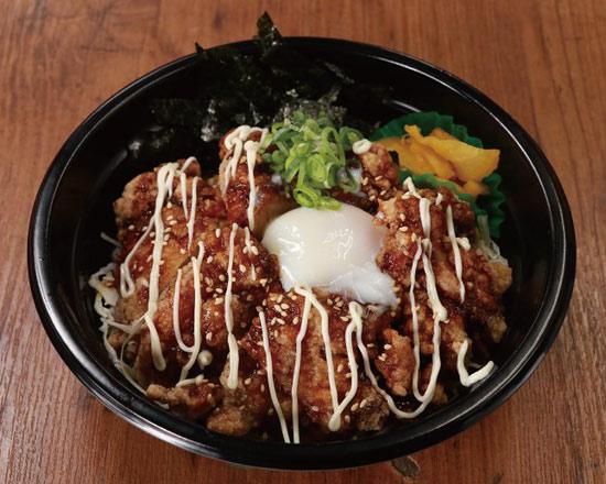半熟玉子の唐揚げ丼 Fried chicken rice bowl with soft-boiled egg