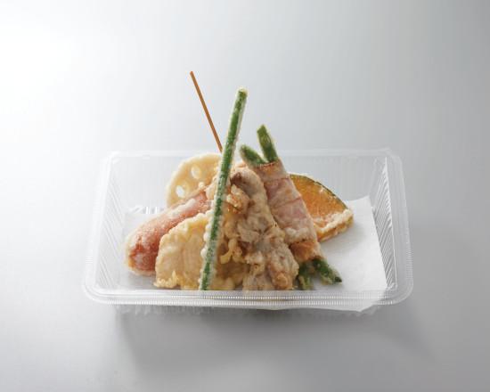 スタミナ肉天ぷら盛合せ