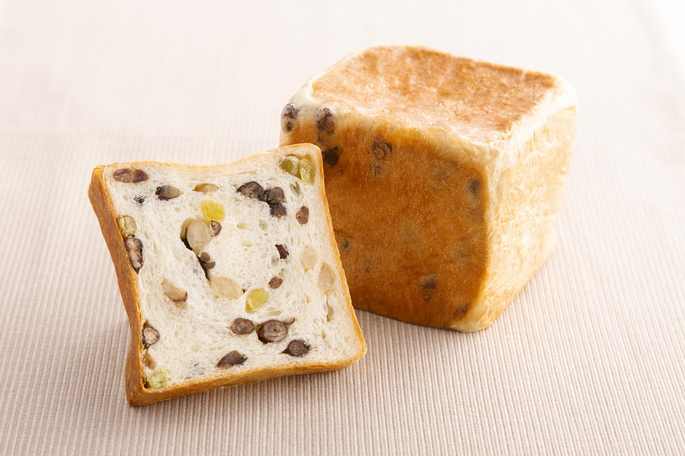 高級まめ食パン