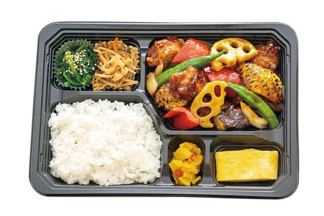 季節野菜と鶏の黒酢あん弁当