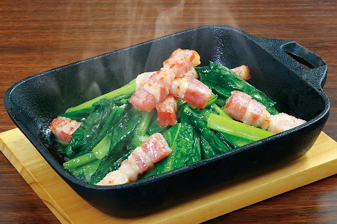 小松菜とベーコンのガーリックソテー