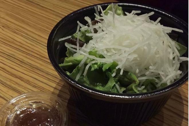 大根とレタスのサラダ