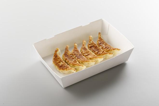 8番餃子(1人前・6個)