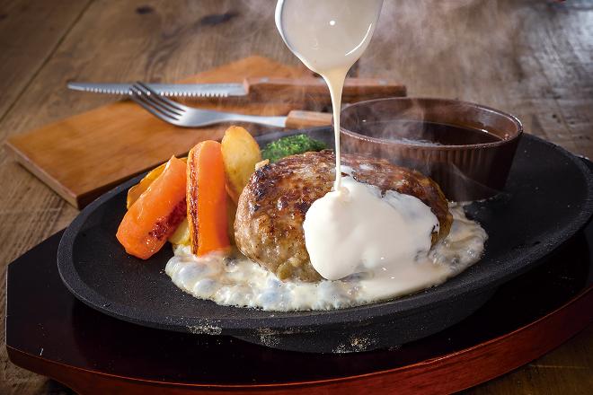 チーズフォンデュ&ビーフハンバーグステーキ