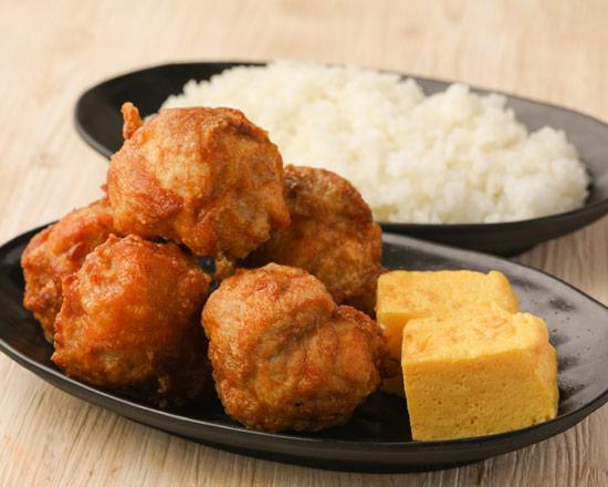 げんこつ唐揚げ弁当(5個) Big size deep-fried chicken lunch box (5 pieces)