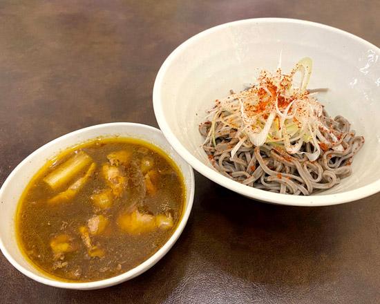 鶏つけカレーそば Chicken curry dipping soba noodles