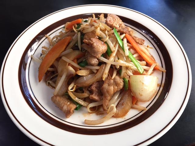 肉野菜炒め飯(肉野菜炒め+ご飯)