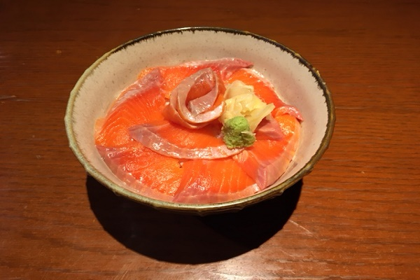 とろサーモン丼