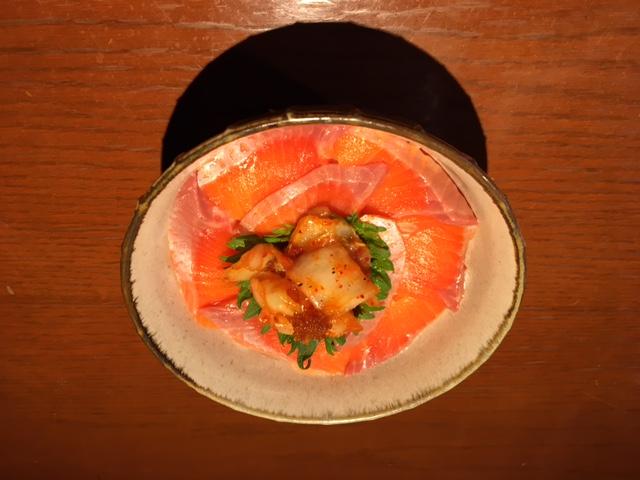 キムチとろサーモン丼