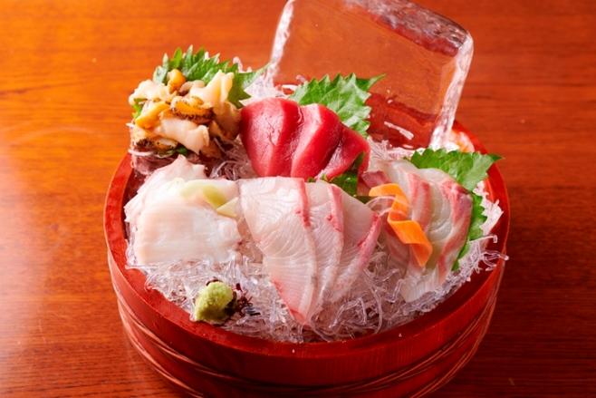 市場直送鮮魚のお刺身5品盛り・3人前