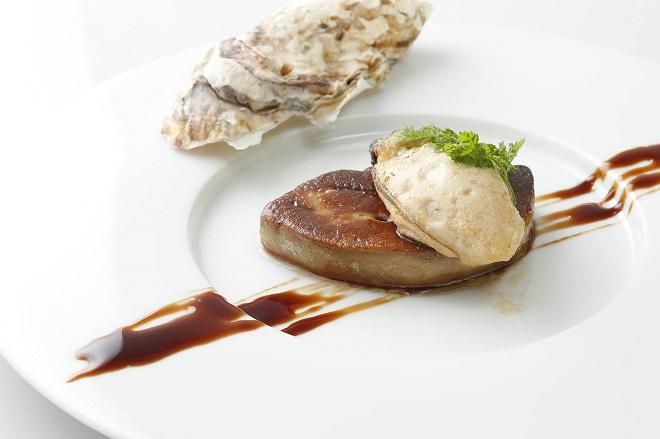 牡蠣とフォアグラのソテー 甘いバルサミコソース