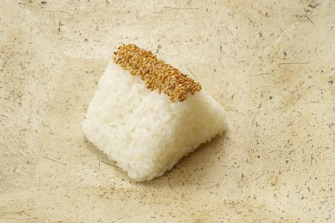 塩むすび(白米)