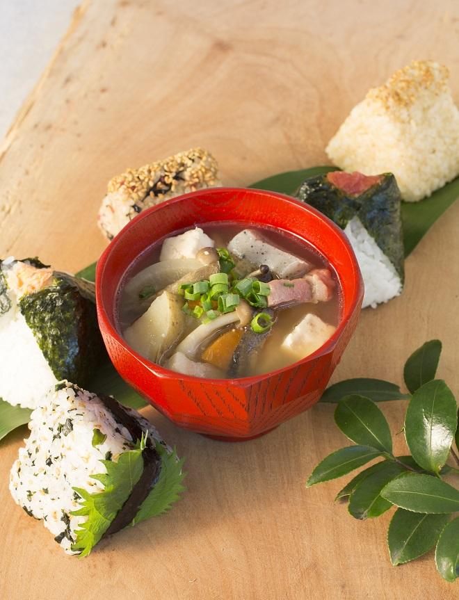 野菜を味わう重ね煮豚汁