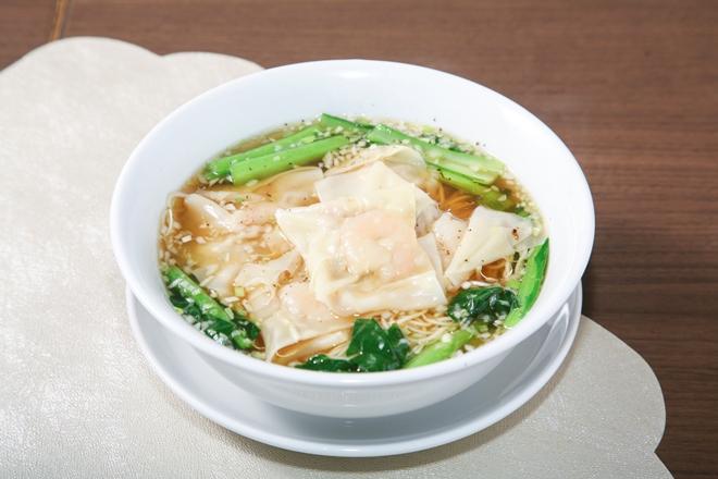 香港海老ワンタン麺
