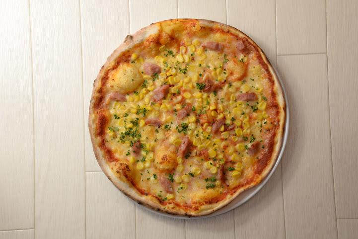 pizza:たっぷりコーンとソーセージ