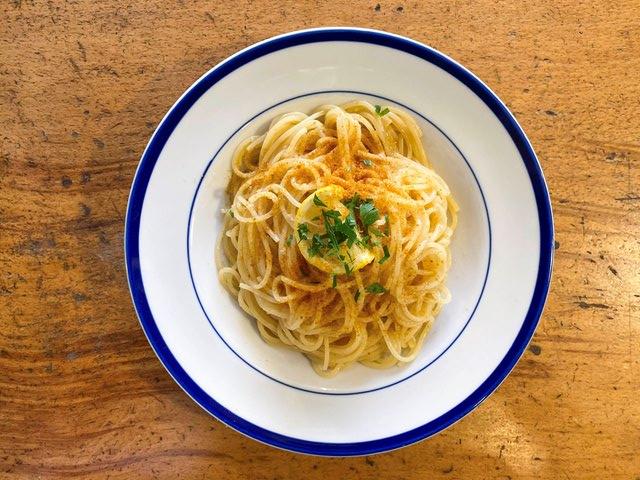 コラトゥーラとボッタルガ レモンのスパゲッティ