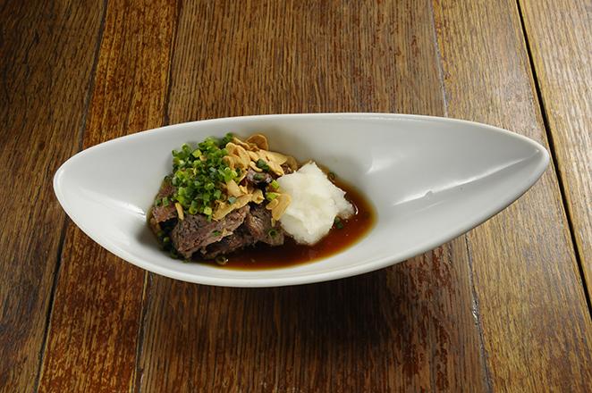 マグロほほ肉ガーリックステーキ