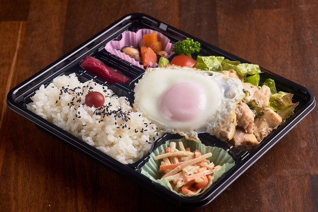 上州鳥+健康卵の目玉焼きご飯