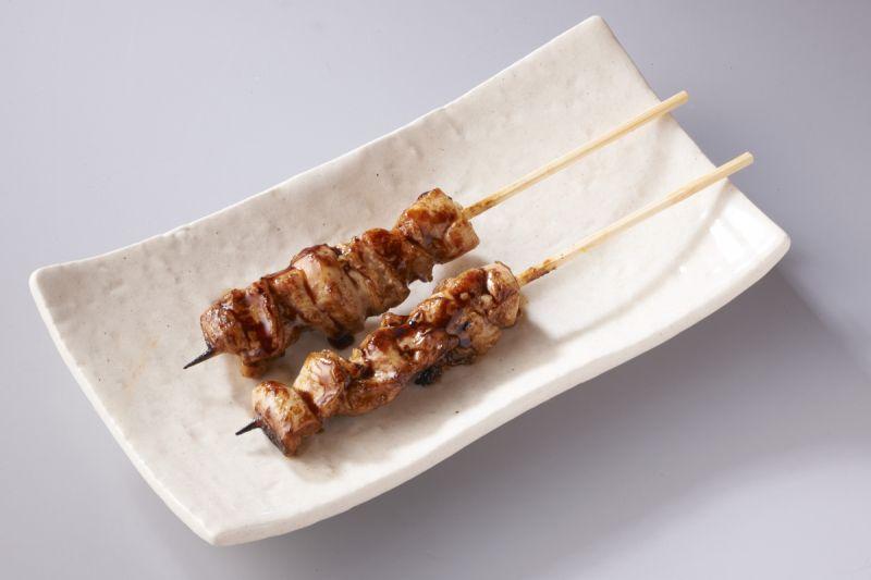 新鮮で味にこだわったやきとり(タレ)(2本)