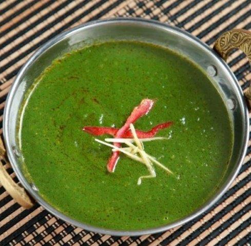 サグチキンカレー(Saag Chicken Curry)
