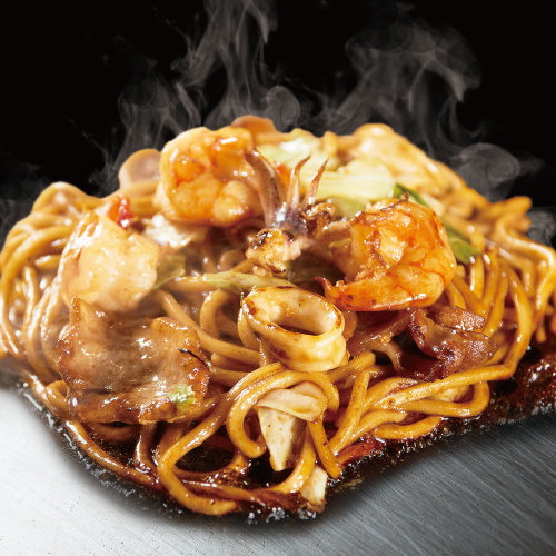 ミックス焼そば (ポーク・いか・えび / 秘伝   特製ソース)
